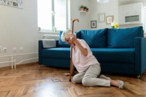 Chutes et hématome sous-dural de la personne âgée à domicile : comprendre pour le prévenir