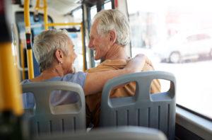 Favoriser l'autonomie de son proche âgé avec SORTIR PLUS