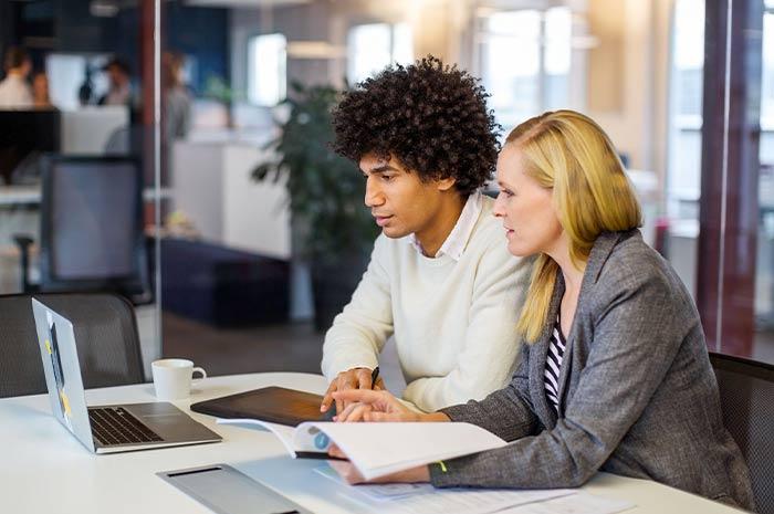 Faire appel à un mandataire professionnel : quel est le coût ?