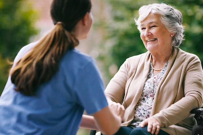 Comment aider un malade Alzheimer à se repérer dans le temps ?