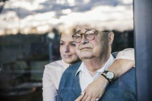 Maladie d'Alzheimer : les bienfaits partagés de l'accueil de jour