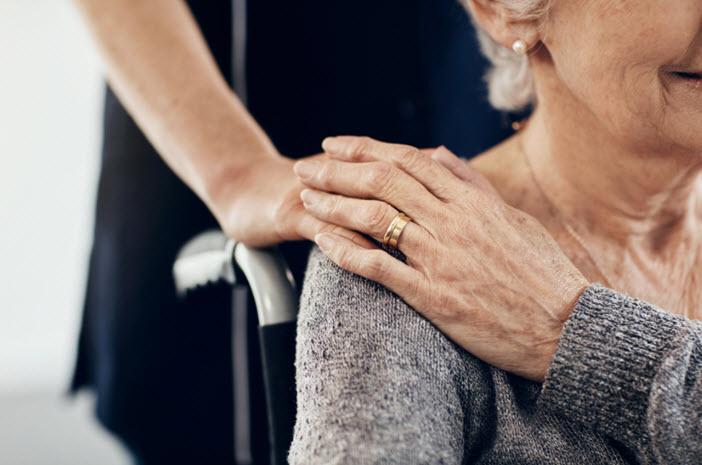 Covid-19 : quelles conséquences psychologiques pour nos proches âgés ?